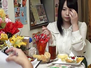 激しいグラインドでエロ整体師とハメまくる色白爆乳美女♪[1]